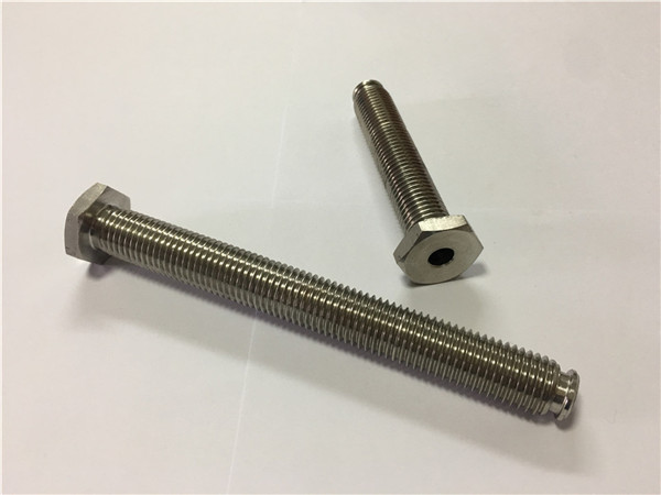 titanium bevestigingsmiddelen leveranciers verkoop ti6al4v gr5 titanium wielbout of andere hardware